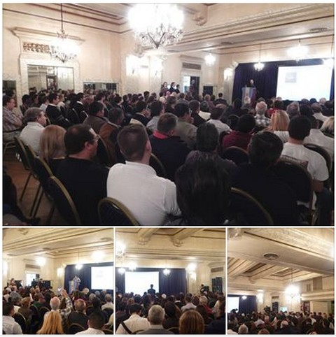 Imagenes del acto nacionalista del 25 de abril de 2014 en el Hotel Castelar